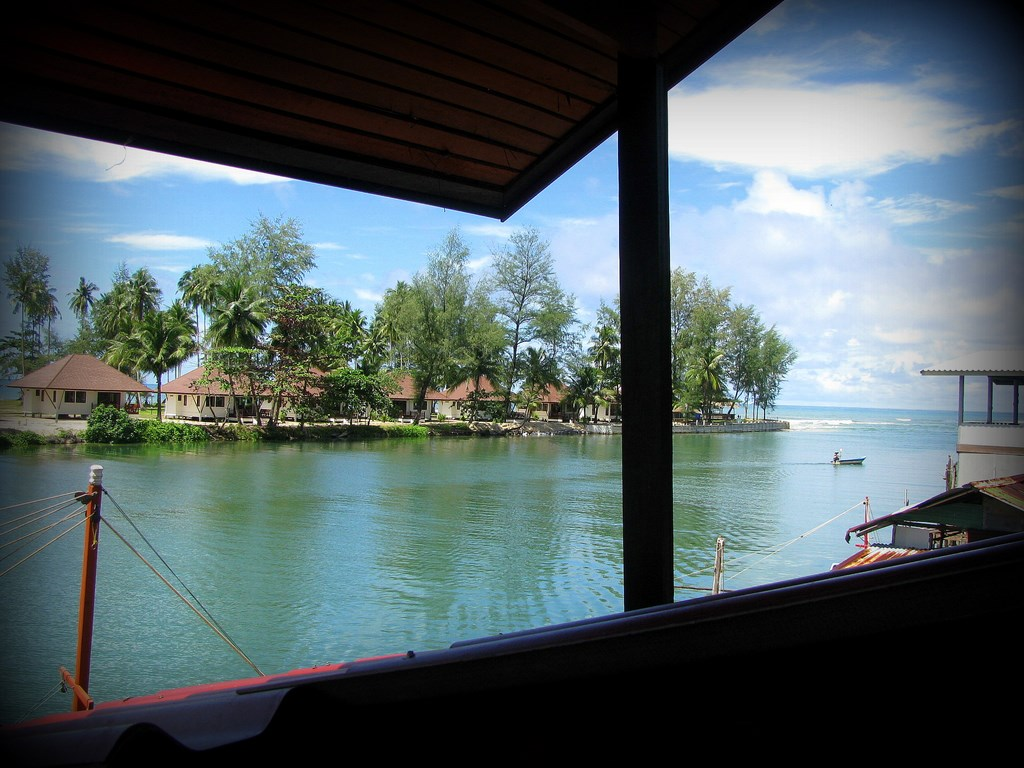buy-house-koh-chang
